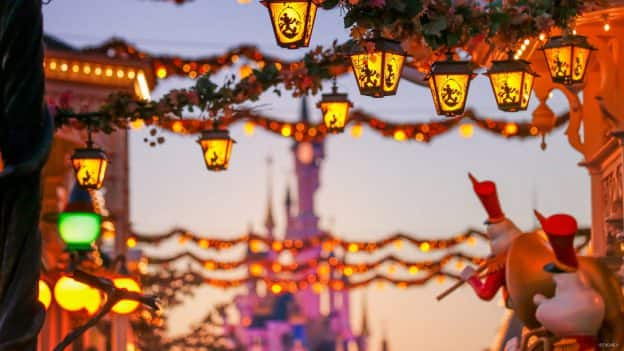 Lanterns on Main Street at Disneyland Park Paris