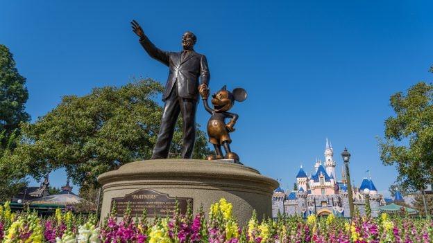 Partners statue at Disneyland park