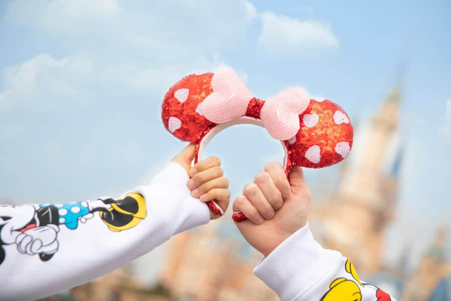 Shanghai Disney Resort - Minnie ear headband with heart-shaped polka dots and a heart-shaped bow