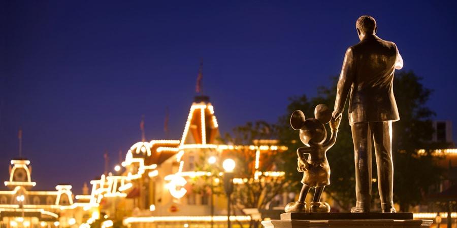 'Partners' statue