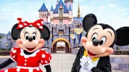 Minnie Mouse and Mickey Mouse at Disneyland park