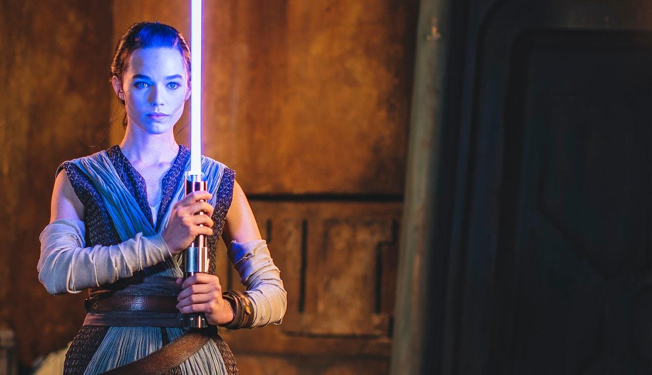 "Disney apresenta primeiro sabre de luz ""real"""