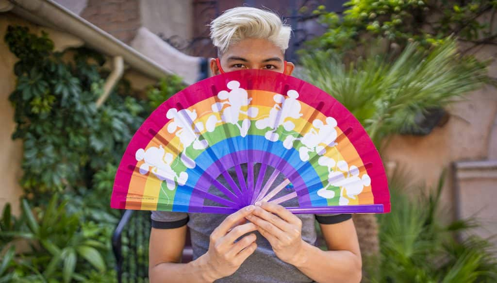 Coleção Disney Rainbow chega pela 1ª vez ao Brasil