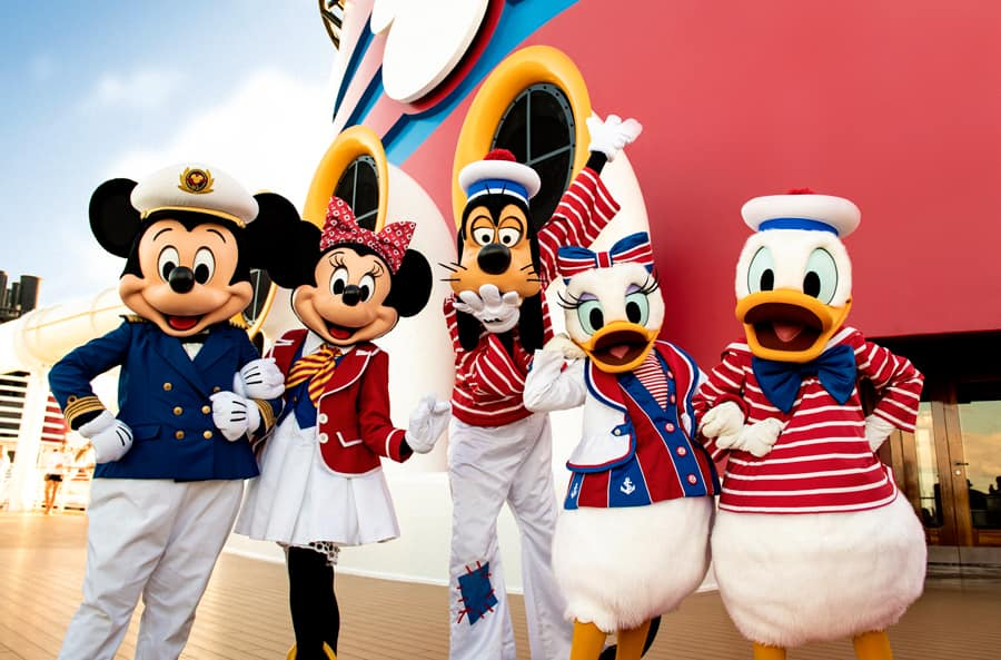 Mickey Mouse, Minnie Mouse, Goofy, Daisy and Donald Duck