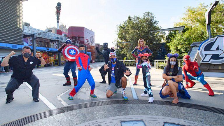Confira as imagens oficiais do 1º dia de operações do Avengers Campus