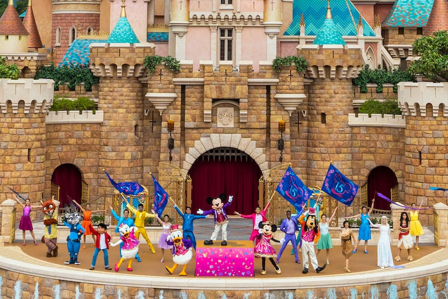 All new castle show 'Follow Your Dreams' at Hong Kong Disneyland