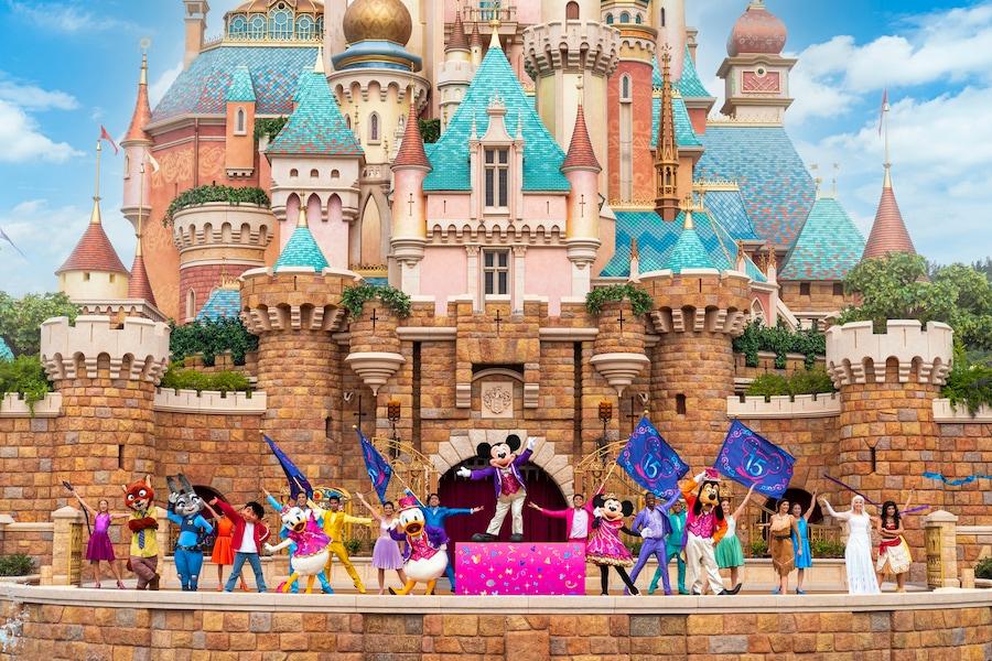 """""""Follow Your Dreams"""" estreia na Hong Kong Disneyland"""