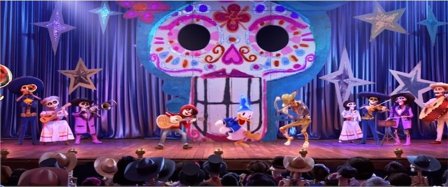 New 'Coco' Scene in 'Mickey's PhilharMagic'