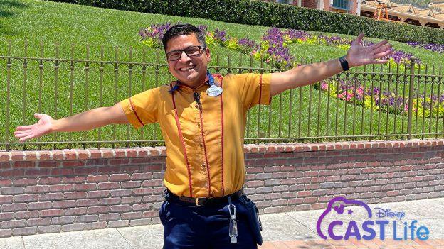 #DisneyCastLife Spotlight: Cast member Manuel