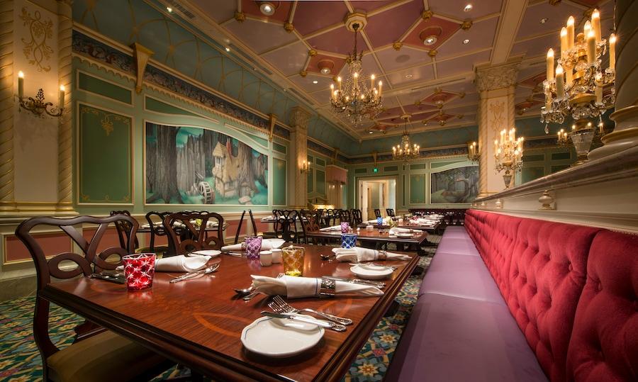 Royal Banquet Hall at Shanghai Disney Resort