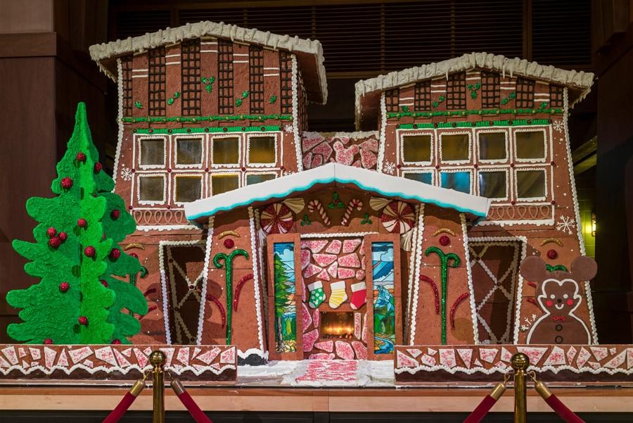 Gingerbread house - Disney's Grand California Hotel