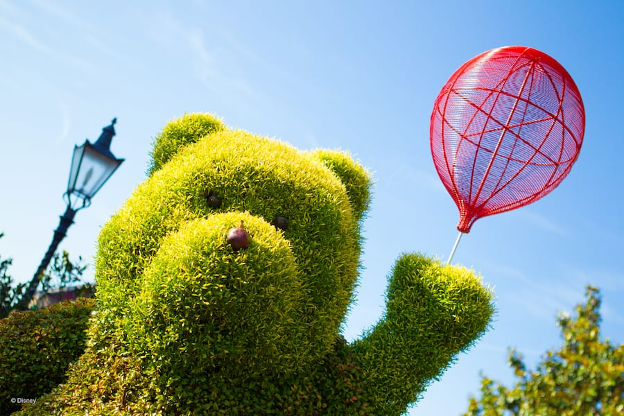 Winnie the Pooh and balloon topiary at EPCOT,