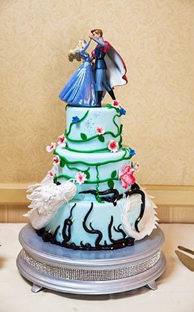 Wedding Cake Wednesday: Sleeping Beauty Dragon Disney