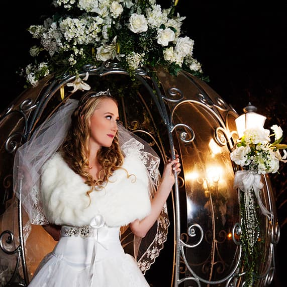 Things We Love: Winter Wedding Decor | Disney Weddings