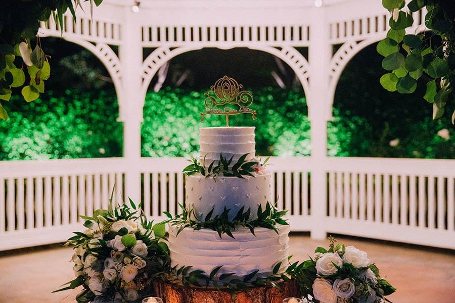 Stunning Floral Wedding Cake Ideas Disney Weddings