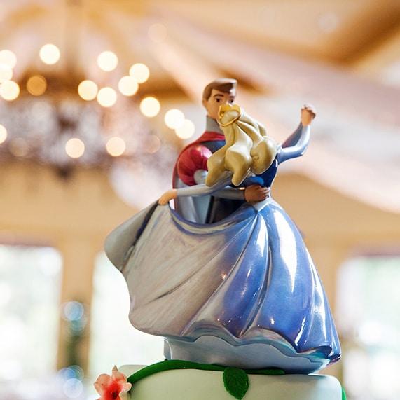 Wedding Cake Wednesday: Sleeping Beauty Dragon | Disney Weddings
