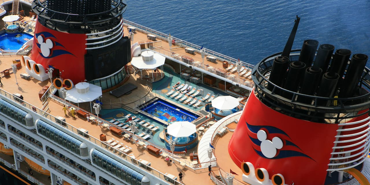 Pool and upper deck of the Disney Magic