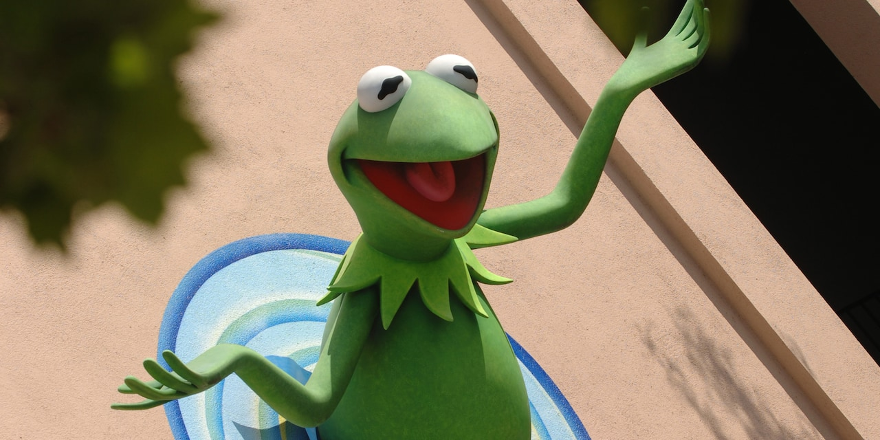 A statue of Kermit the Frog
