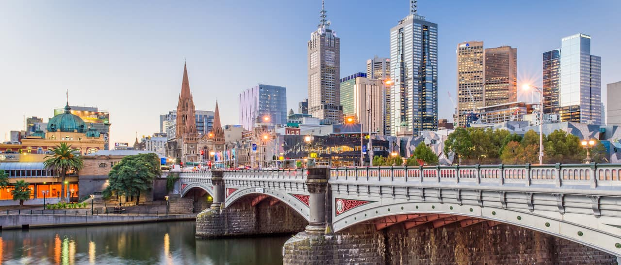 Skyline of Melbourne with a bridge over the Yarra River