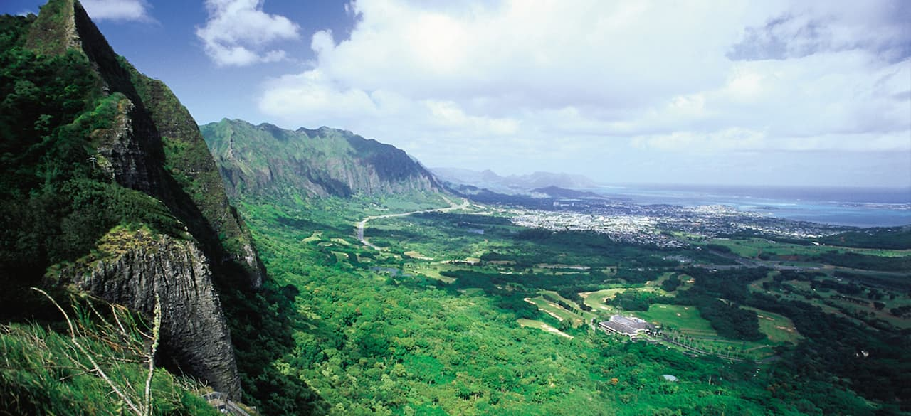 A sweeping view of the mountains, valleys and coastline of the Big Island of Hawaii