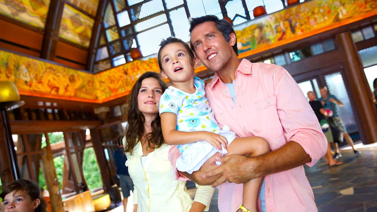 Aulani, a Disney Resort & Spa in Ko Olina, is the place to stay for a Hawaiian family vacation.