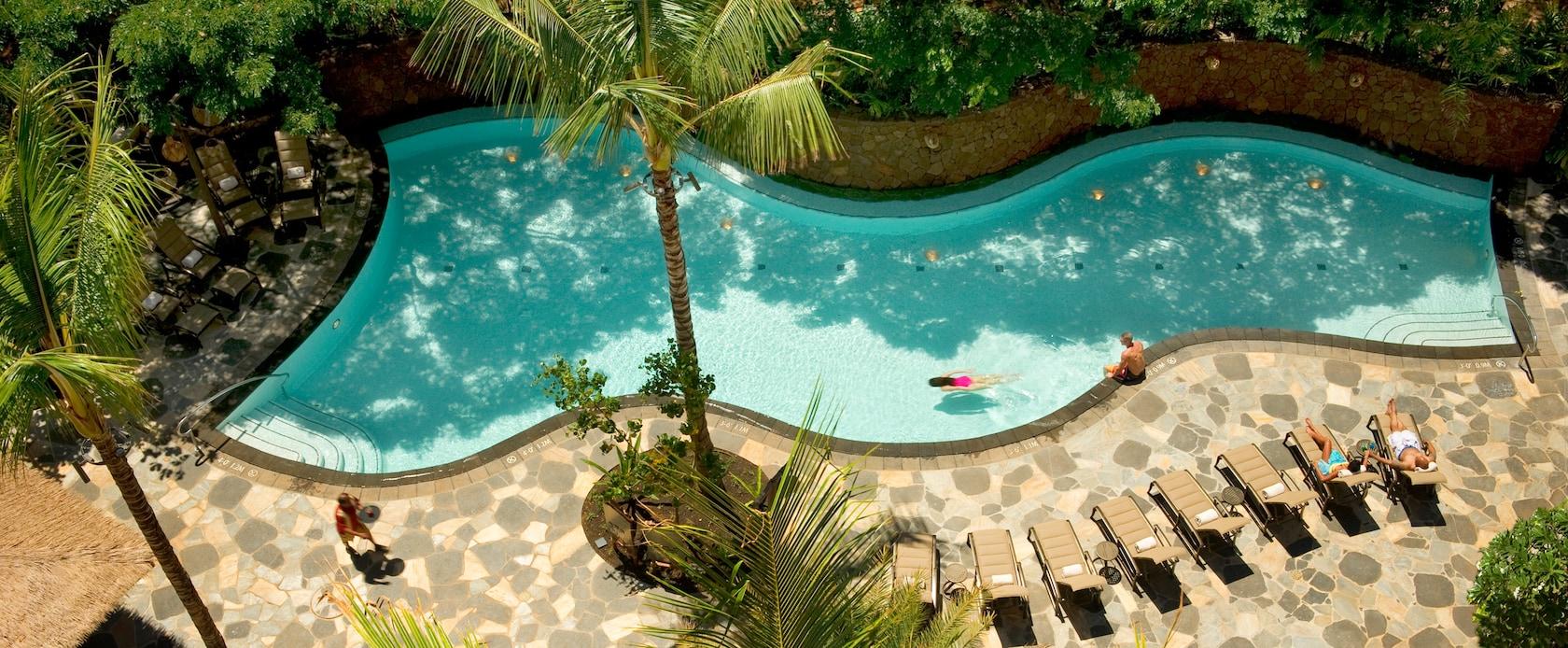 Aulani perde piscina exclusiva para adultos