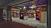 ファンタジー・フェアの外観と土産物
