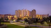 Wyndham Grand Orlando Resort Bonnet Creek por la noche