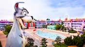 Tramp from Disney's 101 Dalmatians and the 1950s area of Disney's Pop Century Resort