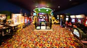 Una sala de videojuegos en Disney's Pop Century Resort