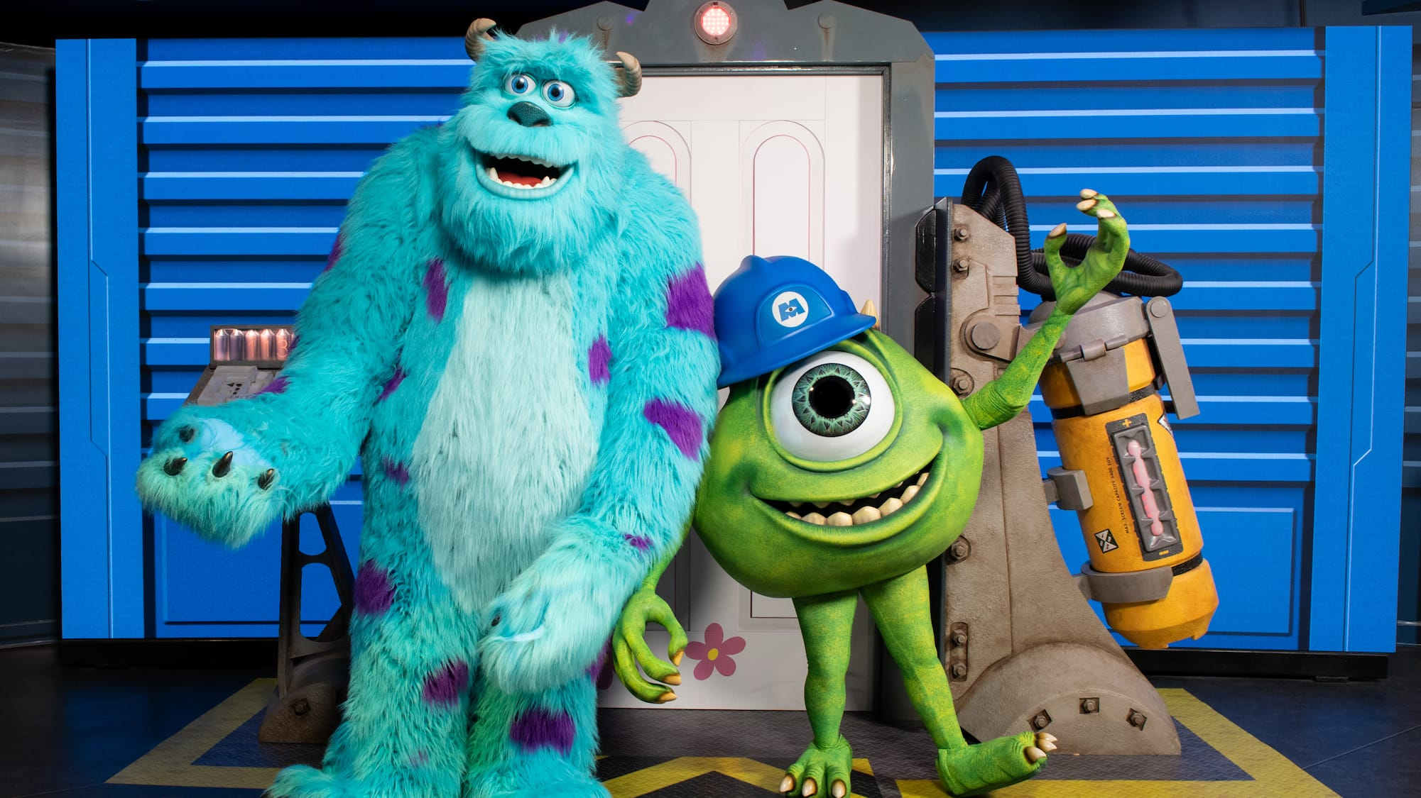 ee6e83058d4 Meet Mike and Sulley at Walt Disney Presents