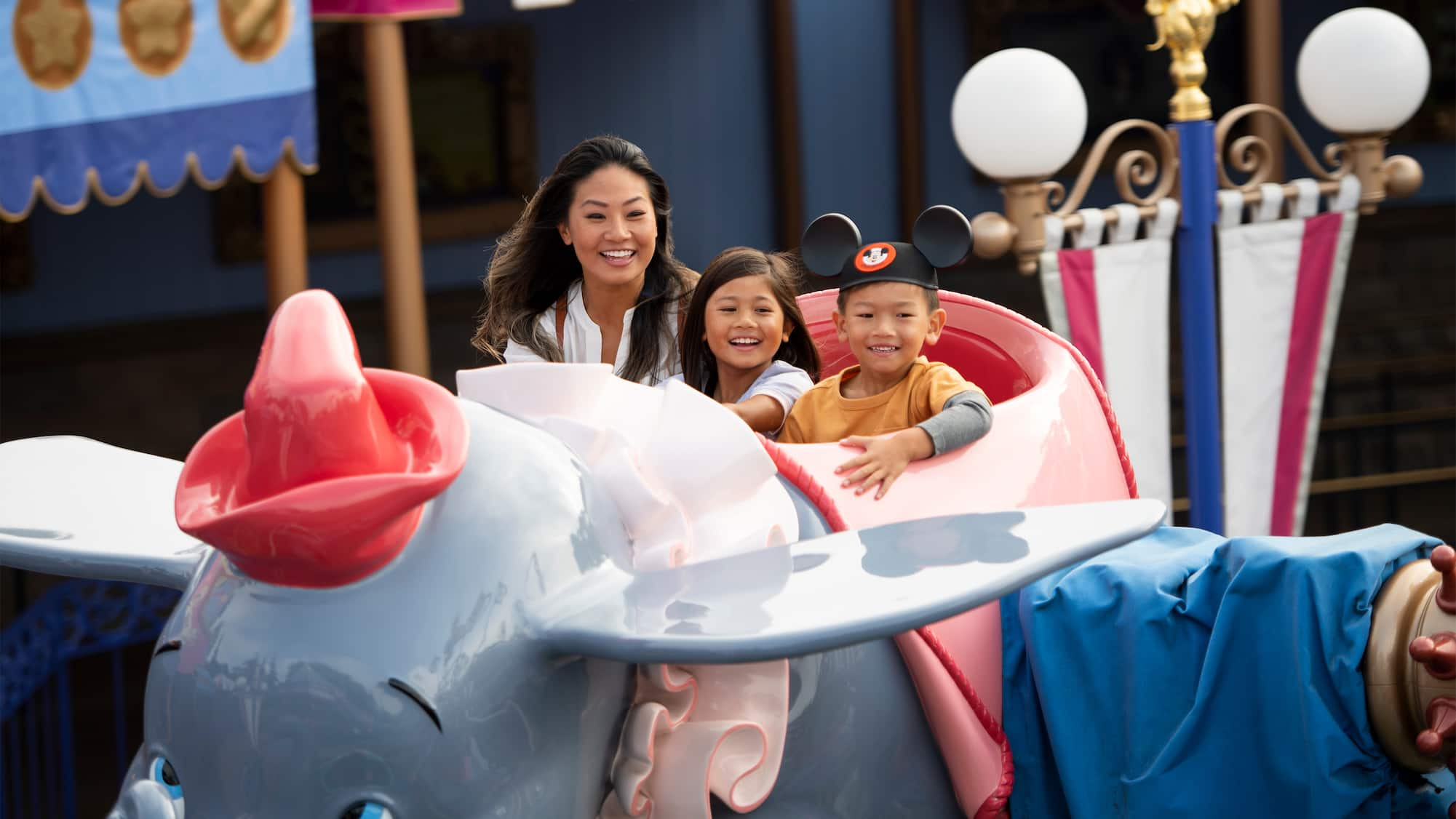 Dumbo the Flying Elephant | Rides & Attractions | Disneyland