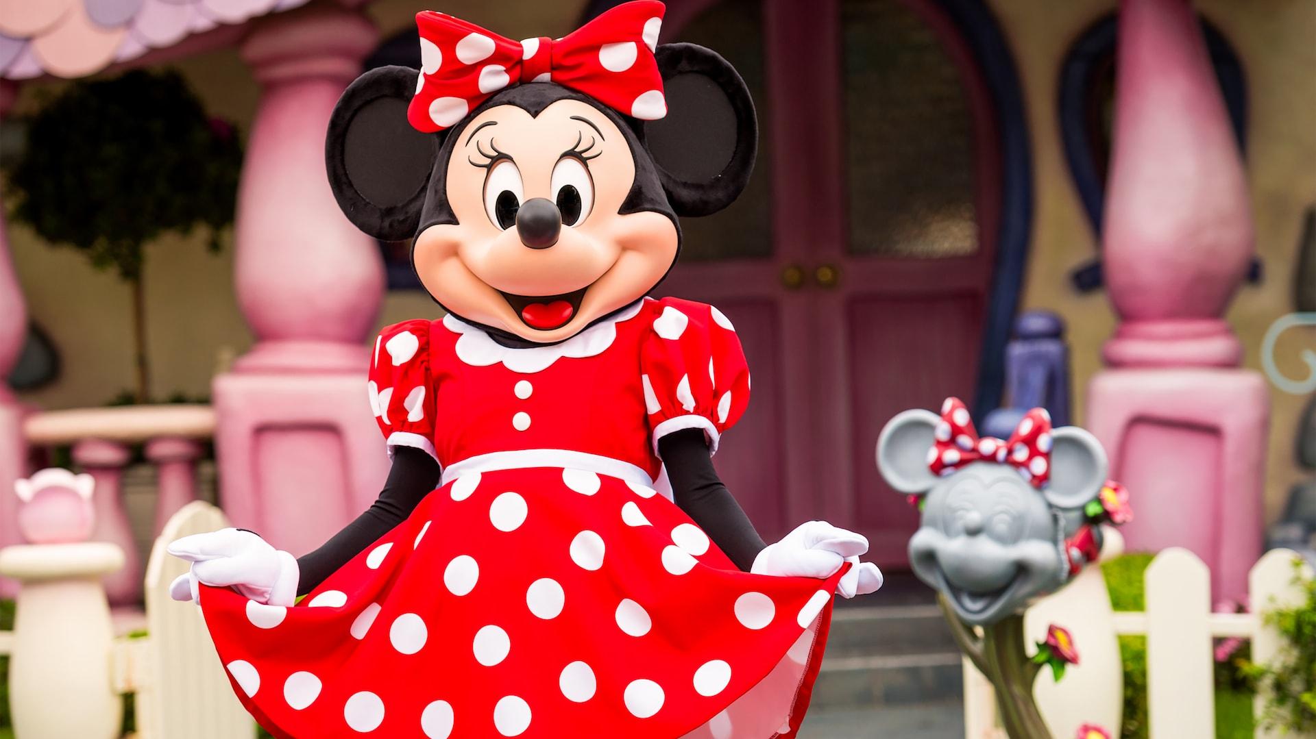 Minnie S House Rides Attractions Disneyland Park