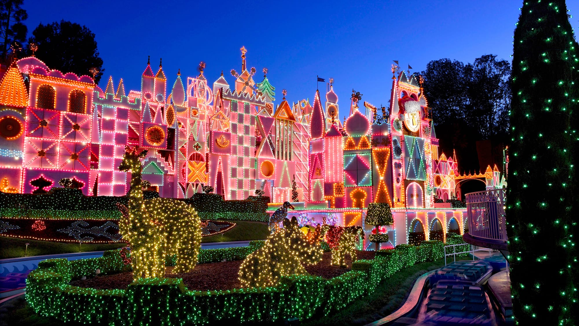 It S A Small World Holiday Lighting Decorations