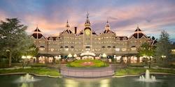 The entrance to the regal Disneyland Hotel at Disneyland Paris