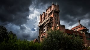 The Hollywood Tower Hotel, onde fica a The Twilight Zone Tower of Terror