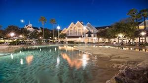 Um playground aquático em um Resort