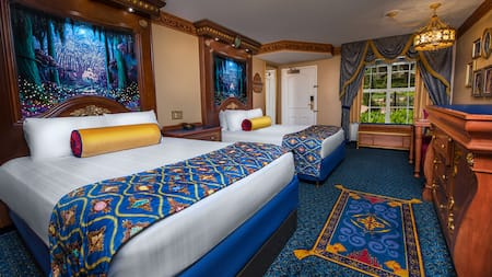 La habitación con temática de la realeza en el Disney's Port Orleans Resort está inspirada en la Princesa Tiana y sus amigos