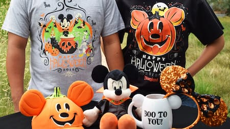 Disneyland Halloween 2019 Merchandise.Halloween Time At The Disneyland Resort Events Disneyland Resort