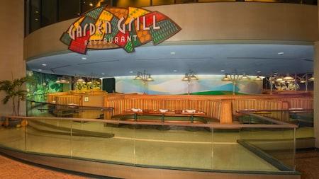 TheGardenGrill à Epcot offre une vue de l'attraction LivingwiththeLand qui change constamment.