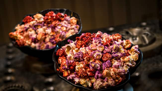 Popcorn covered in sugar glaze and spices