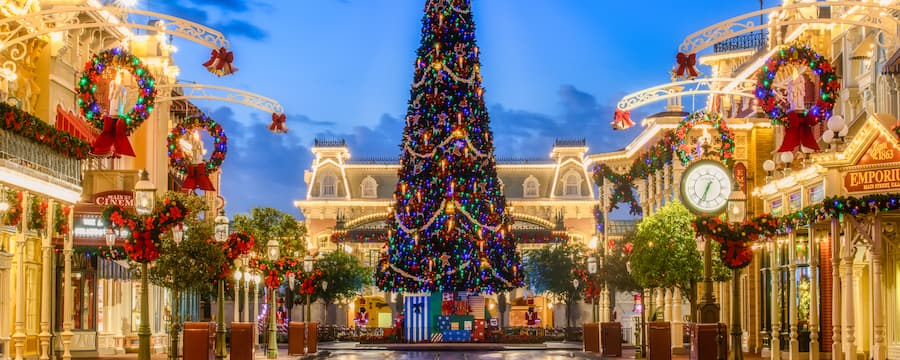 An exquisite Christmas tree and beautifully festive wreaths welcome the holidays to Main Street U S A