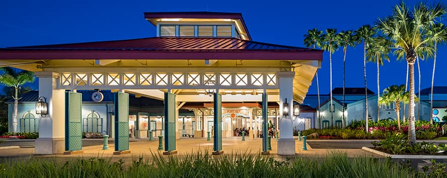 A entrada em estilo colonial do Disney's Caribbean Resort
