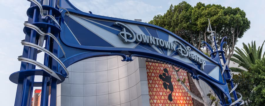 The Downtown Disney District welcoming sign