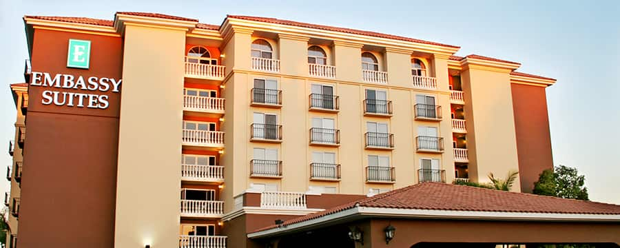 The tiled-roof carport and entrance to Embassy Suites Anaheim - North