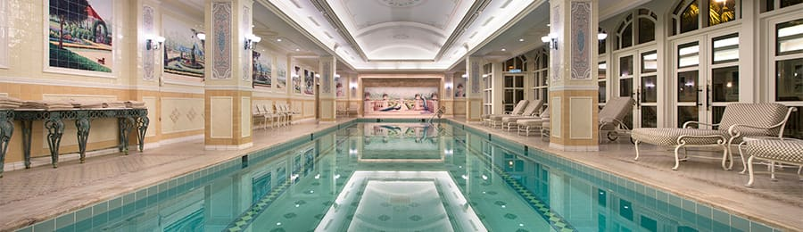 The indoor swimming pool at Hong Kong Disneyland Hotel