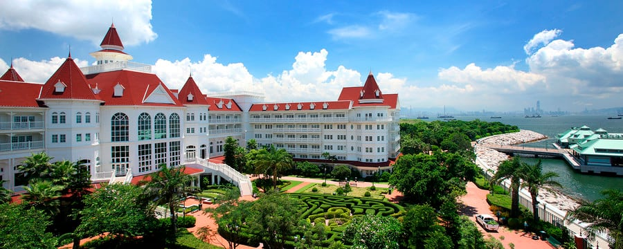 Hong Kong Disneyland Hotel and its garden maze