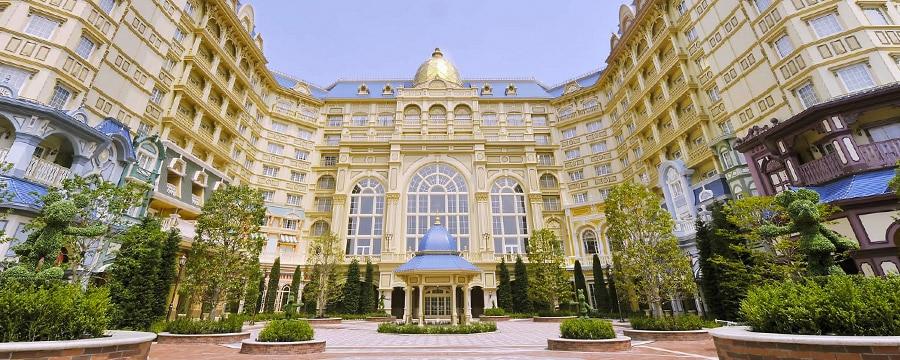 The exterior of Tokyo Disneyland Hotel