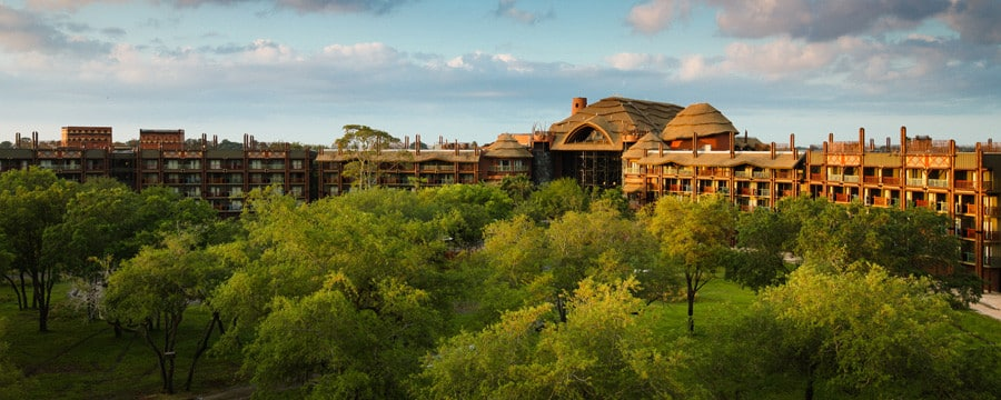 Disney's Animal Kingdom Lodge in Florida and the surrounding savanna