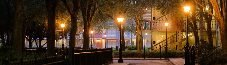 A courtyard at Disney's Port Orleans Resort – French Quarter in Florida
